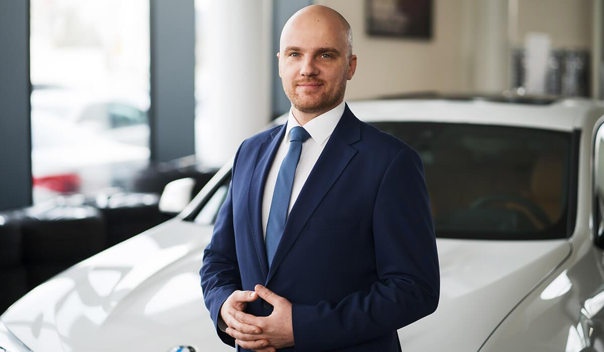 BMW-TEAM-Sprzedaz-Pawel-Klosowski_small